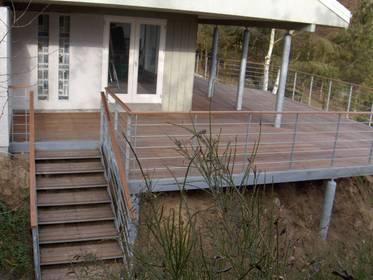 Hvornår er en terrasse hævet