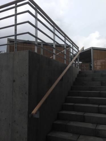 Gelænder til trappe