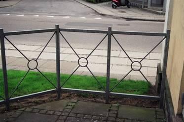 Hegn, stakit og gelænder i galvaniseret stål, en